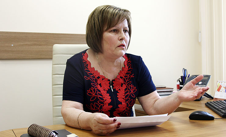 (VIDEO) Maria Ciobanu: Lucruri stranii de tot se întâmplă în Parlament. Dați-vă o palmă pe obraz