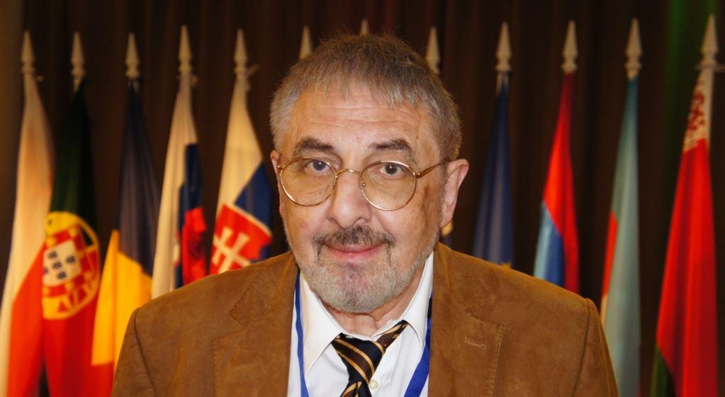 """Vladimir Socor: """"Filip a venit la conferinţa internaţională de securitate cu o declaraţie disperată, care denotă neprofesionalismul politicii externe a Republicii Moldova"""""""