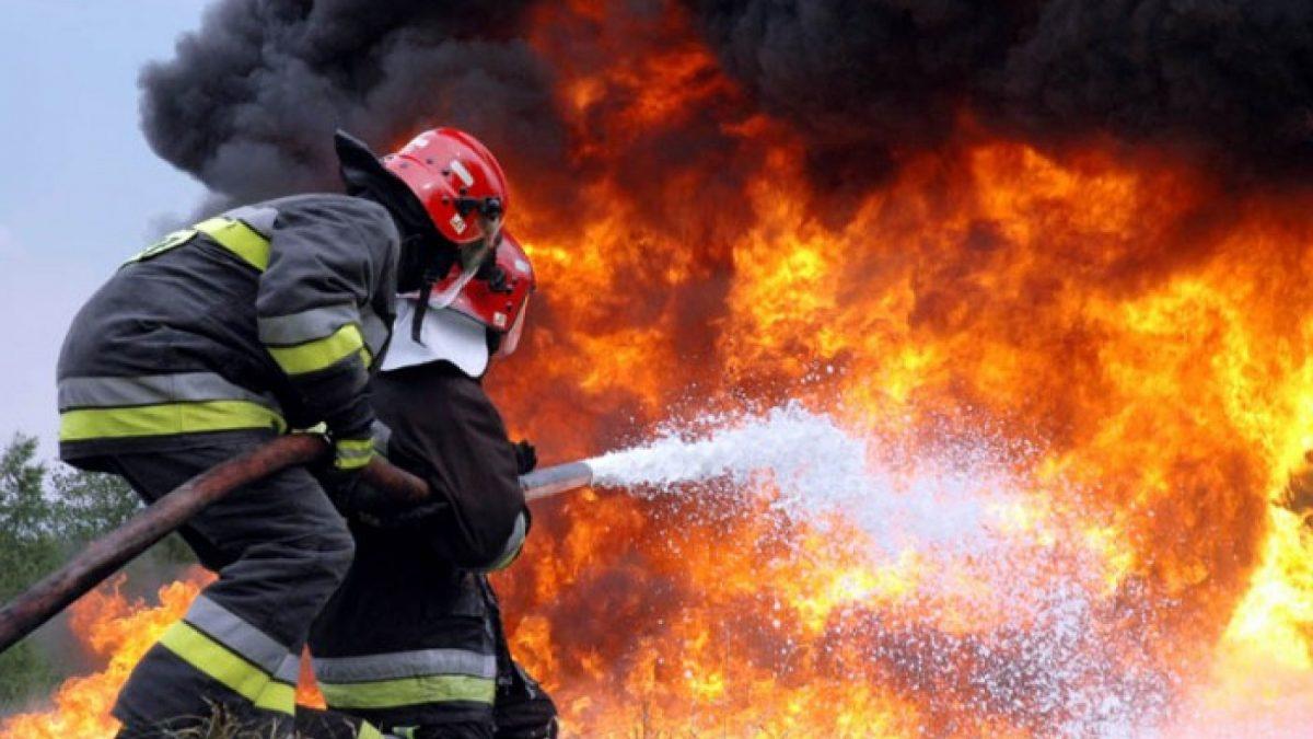 Două persoane și-au pierdut viața în urma incendiului produs în această noapte în raionul Rezina