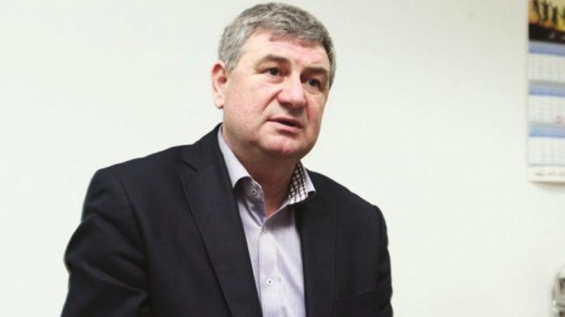"""Munteanu, despre demisia lui Maiduc: """"Silvia Radu vrea să amăgească locuitorii Chișinăului că s-a lepădat de oamenii lui Plahotniuc"""""""