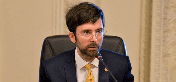 """Deputat român: Planul lui Plahotniuc e același ca în prezidențiale. A lansat """"iepurași"""" împotriva lui Năstase"""