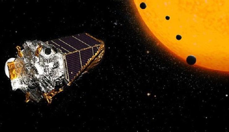 A fost confirmată existenţa a 15 noi exoplanete ce orbitează în jurul stelelor pitice