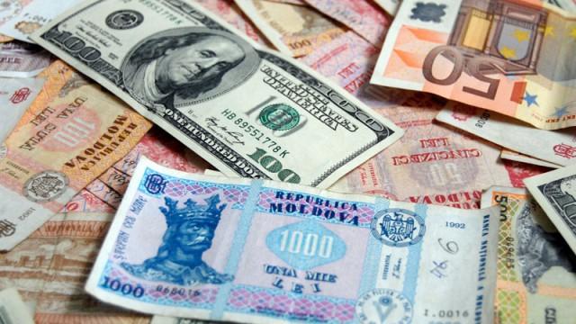BNM a intervenit pe piaţa valutară cu cumpărări de 10,4 milioane de dolari, în martie