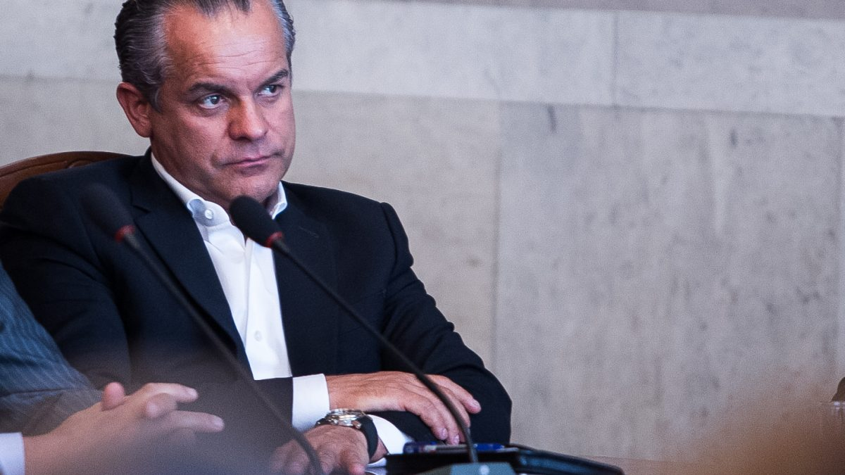 """Plahotniuc, acuzat de """"ACUM"""" că ar împiedica înregistrarea contracandidatului său din Nisporeni"""
