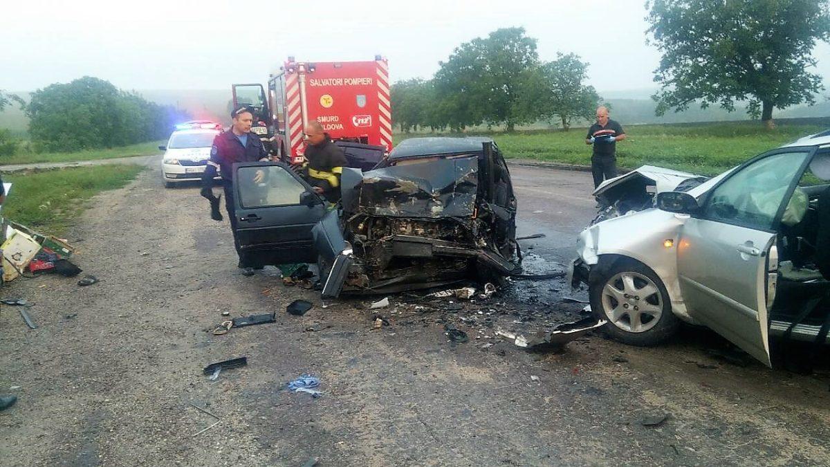 Accident grav în nordul țării: Șase persoane, dintre care doi copii, implicate