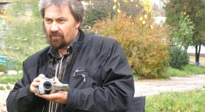 Un jurnalist s-a ales cu dosar pentru că a solicitat poliției să verifice informații despre o posibilă crimă