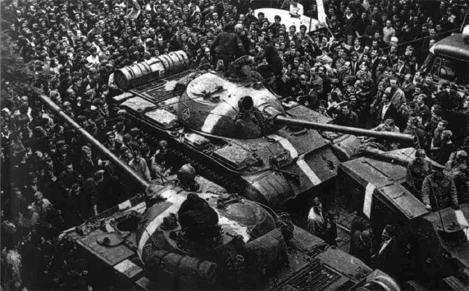 Octavian Țîcu // Intervenția sovietică în Cehoslovacia: Ce ne învață istoria după 50 de ani?