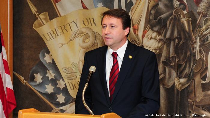 Igor Munteanu // Autoritarismul și federalizarea