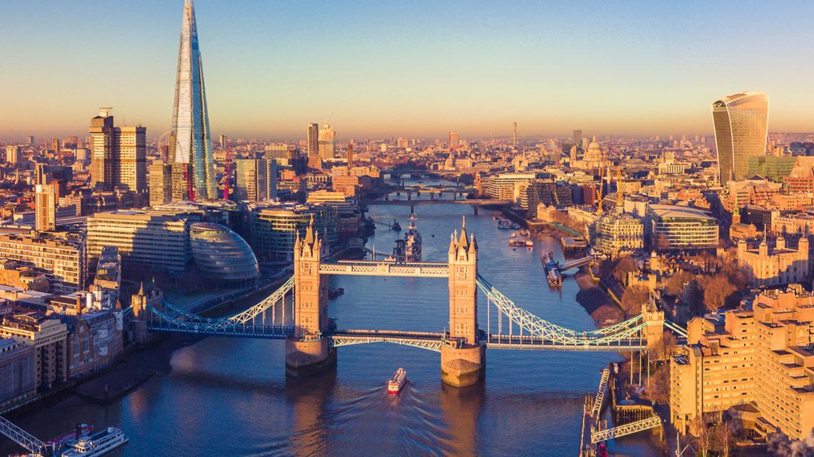 Londra a fost detronată: Nu mai este cel mai atractiv centru financiar din lume