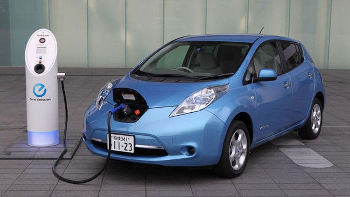 UE oferă finanţare de miliarde de euro pentru producerea bateriilor necesare vehiculelor electrice