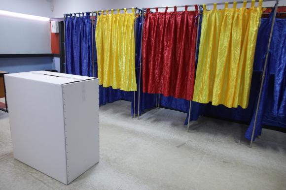 Referendum pentru schimbarea Constituţiei din România: Prezența la vot de 3,78% până la ora 16:00