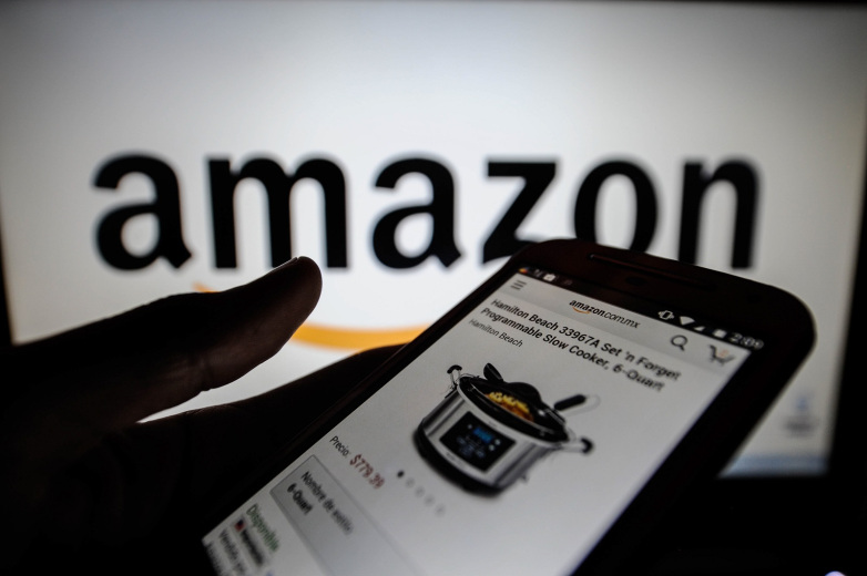 Amazon a depășit Microsoft și a devenit cea mai valoroasă companie listată la bursă din lume