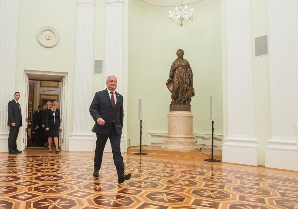 (DOC) O promisiune a lui Dodon, imposibil de realizat; Președintele i-a scris lui Medvedev