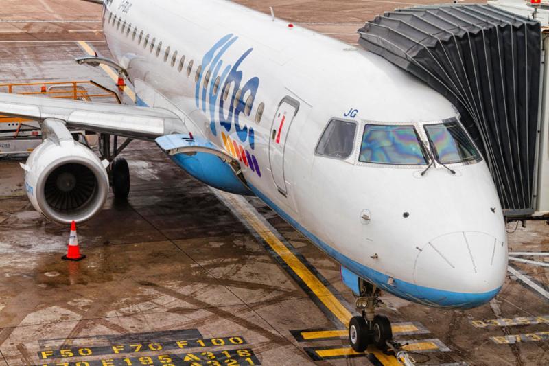 La 13 secunde de dezastru: Un avion a căzut în gol după decolare