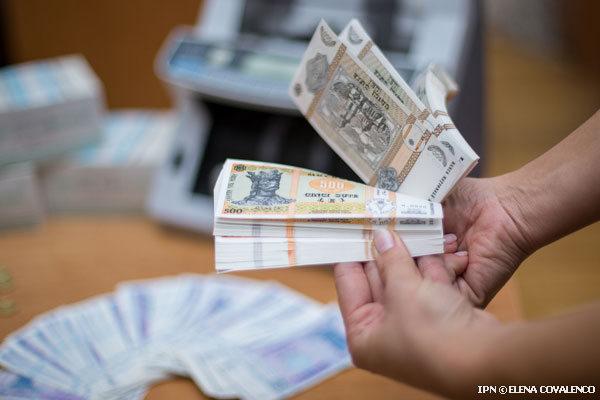 Prin trei companii din Chișinău s-ar fi spălat peste 100 de milioane de dolari, în baza unor contracte fictive semnate la Moscova și Kiev