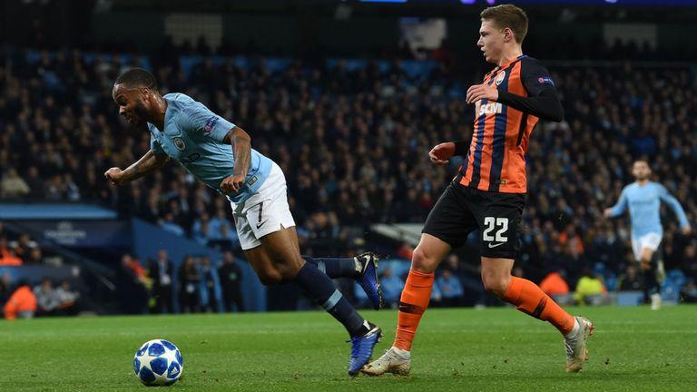 (VIDEO) Sterling și-a cerut scuze după ce a provocat un penalty inexistent