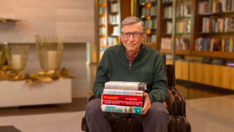 Ce cărți a citit miliardarul Bill Gates în 2018 și le recomandă