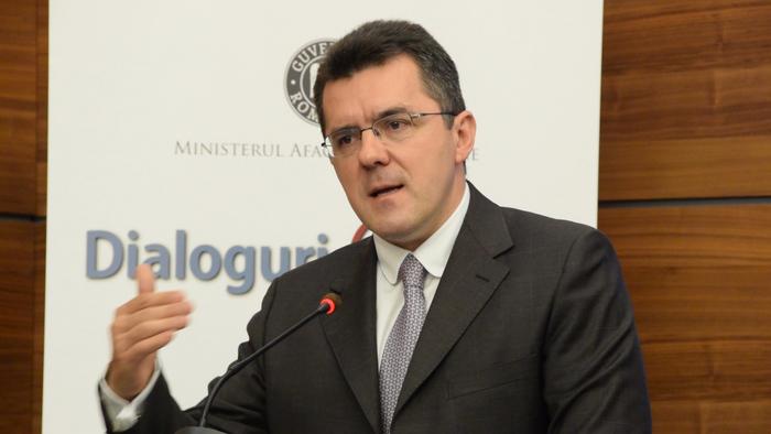 INTERVIU// Dan Dungaciu: După alegerile din februarie, Moldova ar putea dispărea prin federalizare