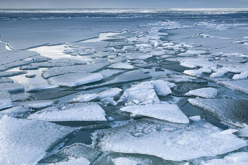 (STUDIU) Situație fără precedent în Groenlanda: Ce se întâmplă cu gheața de acolo