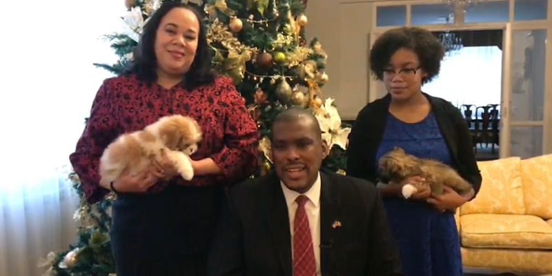 (VIDEO) Ambasadorul SUA la Chișinău, mesaj de Anul Nou: Sănătate, pace și prosperitate familiilor voastre