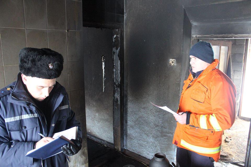 Primele versiuni în cazul incendiuli din Nisporeni, unde trei persoane au decedat