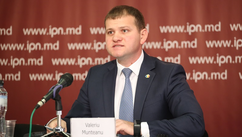 """Valeriu Munteanu spune că i s-a propus să preia conducerea unor partide: """"Va trebui să iau o decizie"""""""