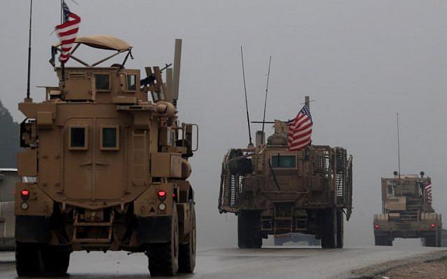 Americanii au început să-și retragă echipamentele militare din Siria