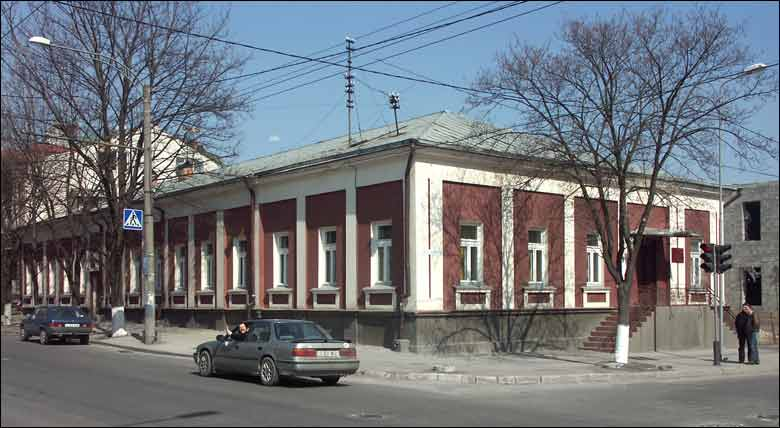 Porțiunea unei străzi din centrul Chișinăului, închisă până la sfârșitul lunii