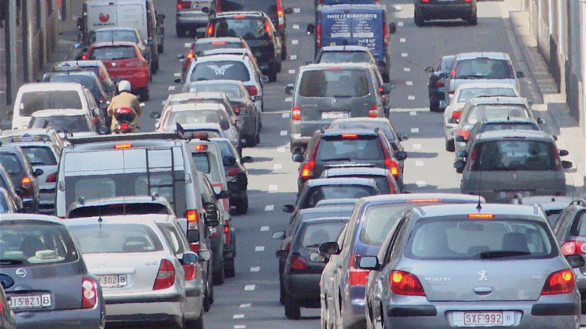 Vehiculele poluante, taxate suplimentar la Londra