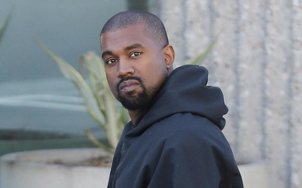 Un escroc a falsificat semnătura lui Kanye West și a primit un avans în valoare de 900 000 de dolari