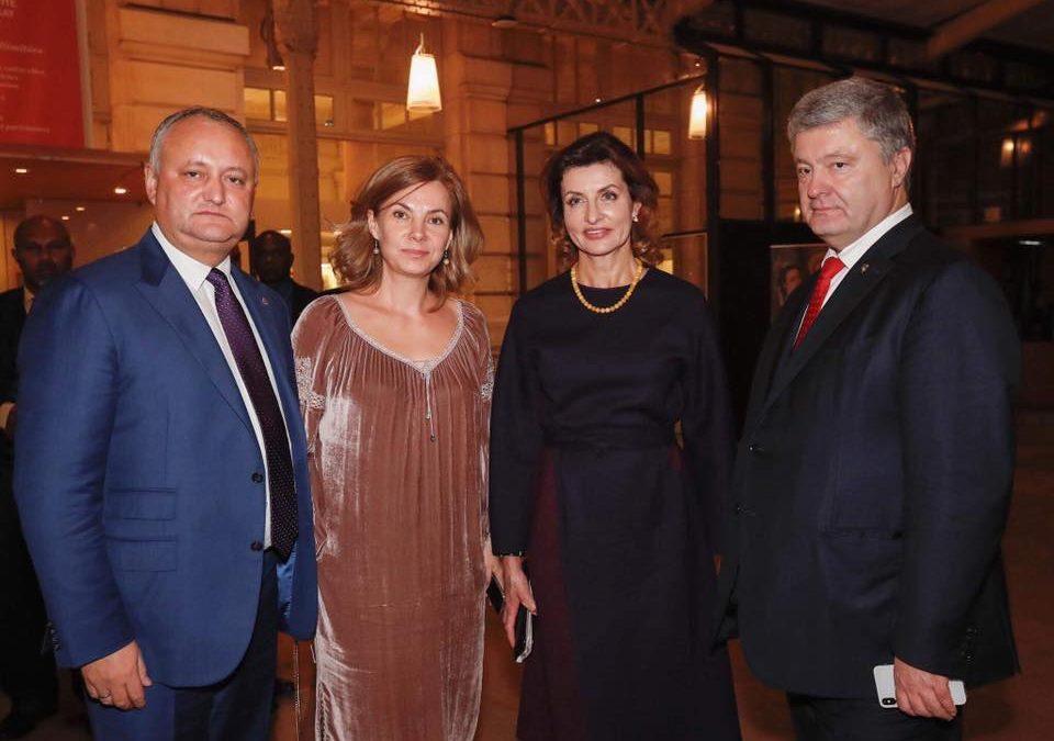 Poroșenko vine la Chișinău; Dodon susține că a refuzat să aibă o întrevedere cu el
