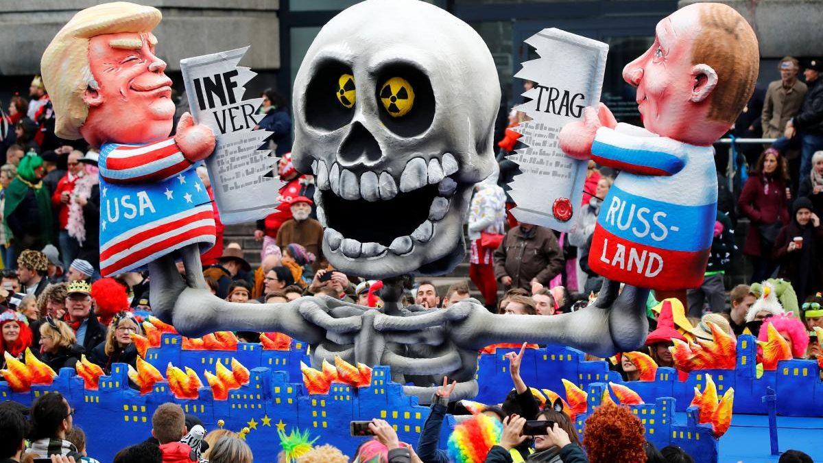 (FOTO) Carnavalul politic din Dusseldorf: cele mai bune caricaturi