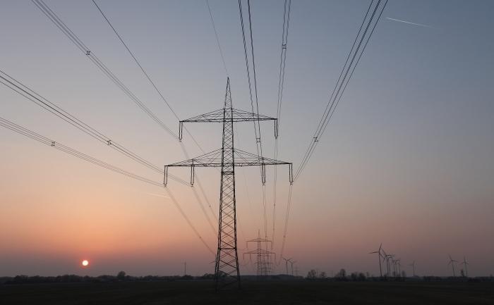 Din 1 aprilie, energia electrică va fi procurată la un preț mai mare