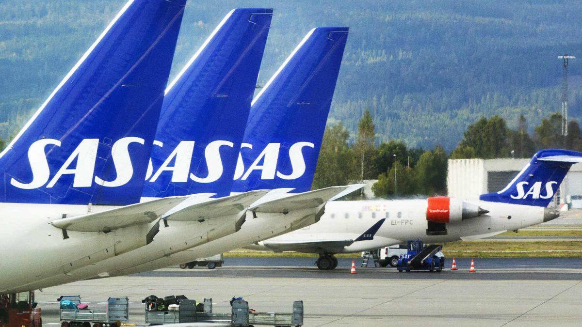 SAS anulează 673 de zboruri: Zeci de mii de pasageri afectați