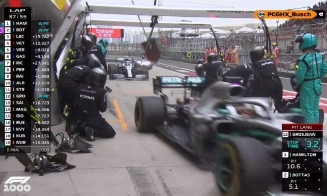 (VIDEO) Moment unic în Formula 1: Piloții de la Mercedes, simultan la boxe
