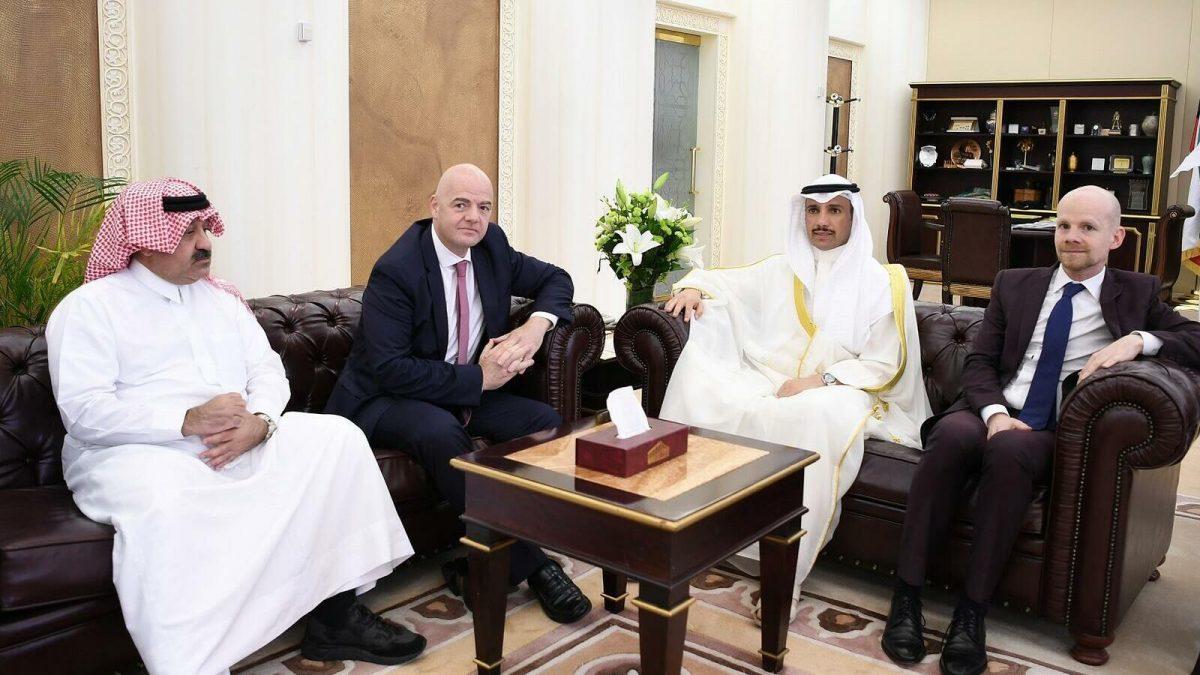 FIFA negociază cu un stat din Golf pentru meciuri la CM 2022: Competiția ar putea avea 48 de echipe