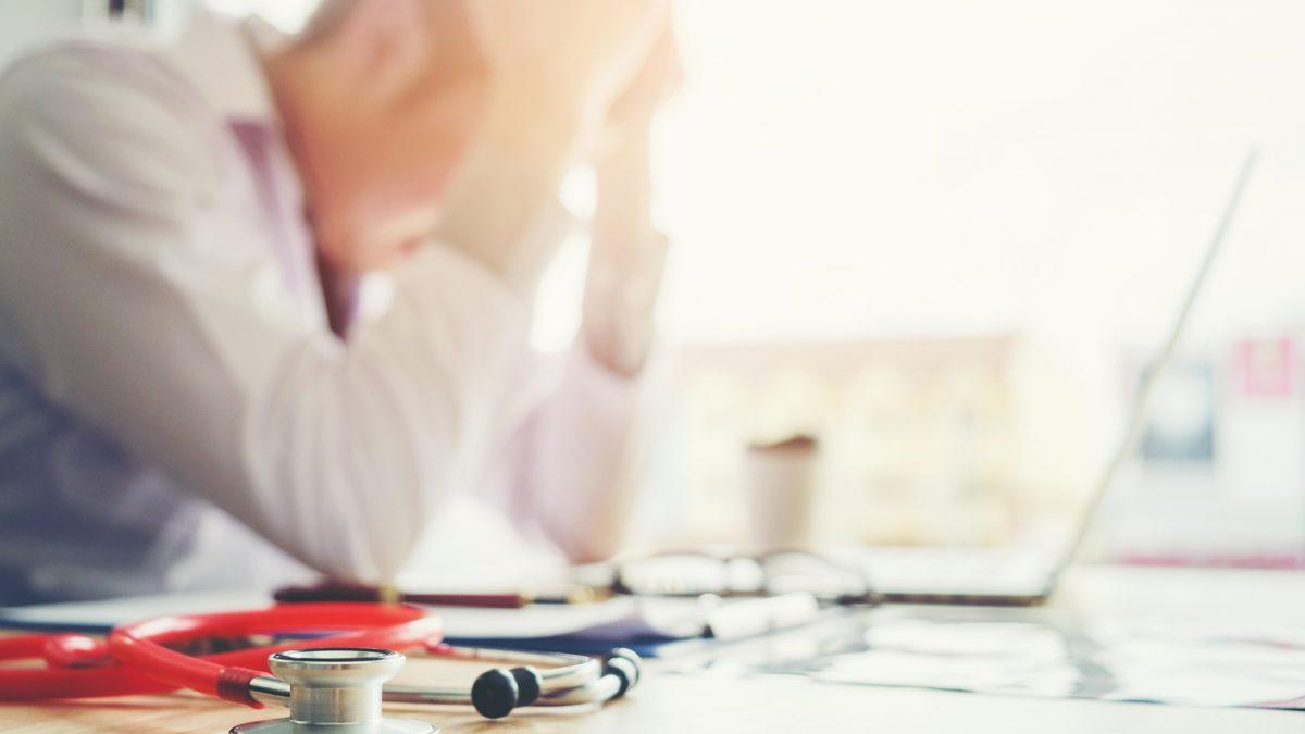 """OMS a introdus sindromul """"bornout"""" în Clasificarea internaţională a maladiilor"""