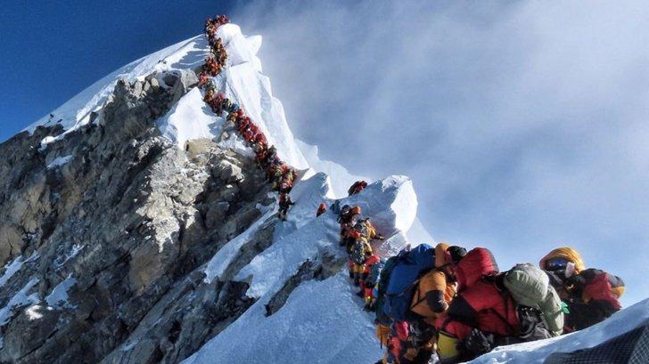 Șapte alpiniști au murit într-o aglomerație de nedescris pe Everest, într-o singură săptămână