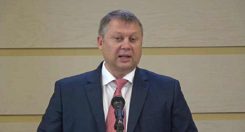 """(VIDEO) Ministrul Brânzan: """"Au loc extrageri mari de mijloace bănești de pe conturile companiilor cu capital de stat"""""""