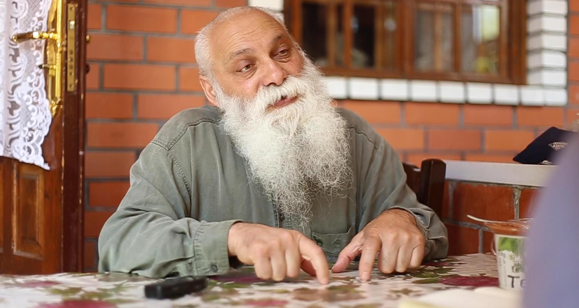Liderul comunității romilor, Artur Cerari. FOTO: Ana Sârbu